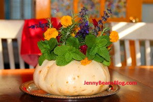 A pumpkin of posies... from the Bean yard.